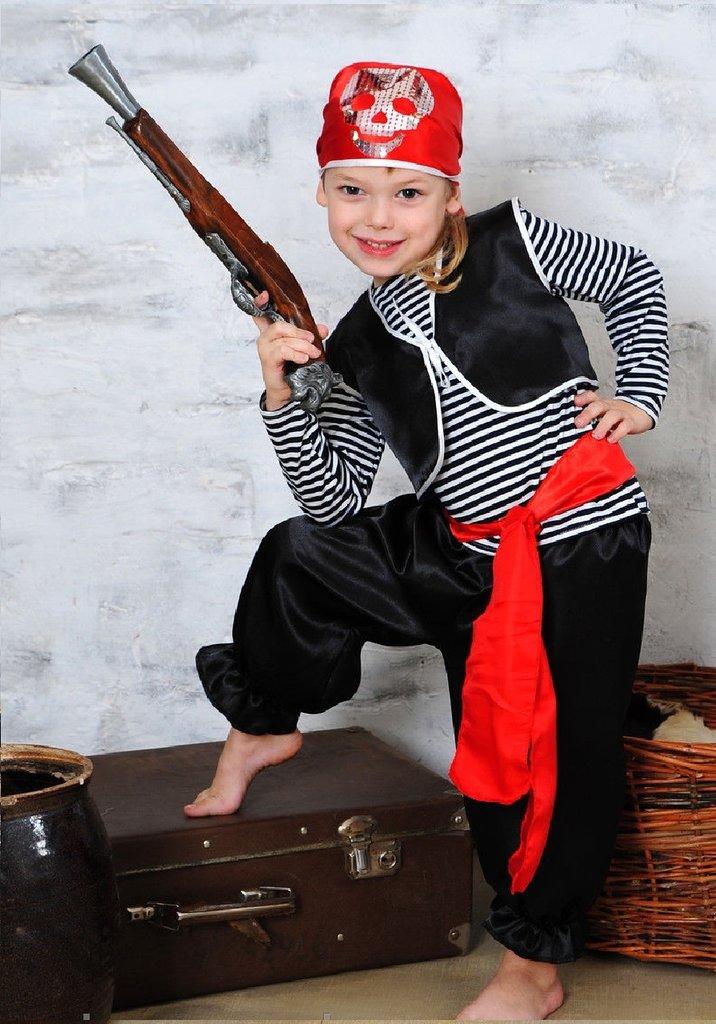 Новогодние костюмы для мальчиков своими руками пират