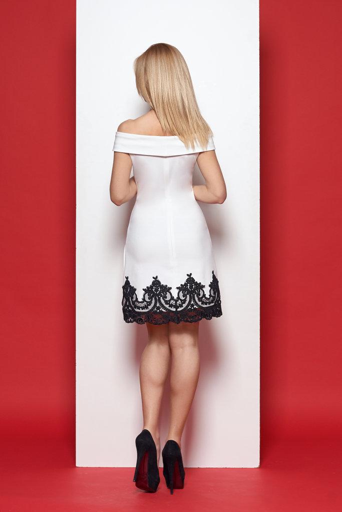 Короткое платья трапеция