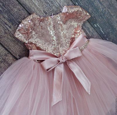 Платье с пайетками для девочки сшить 7