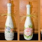 Бутылка под вино можно использовать как подсвечник