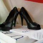 Туфли женские кожаные GUESS Италия