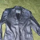 Продам кожаный пиджак