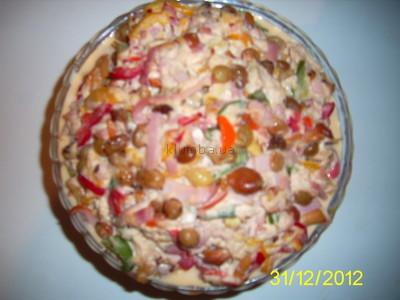 Салат Вкусняшка с опятами 2л около 2кг