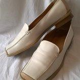 Туфли Tamaris 39 р. 26 см. натуральная кожа, Италия