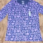 кофточка сине-фиолетовая с буквами и сердечками из Америки