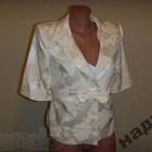 Нарядный белый пиджак