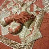 Пошив декоративных наволочек на подушки и покрывал