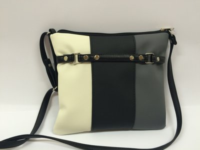 69ee66f8ea2e Сумочка черно-белая модель. 13103: 128 грн - деловые сумки в ...