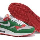 Женские кроссовки Nike Air Max 87 зеленые с розовыми и белыми вставками