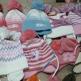 Демисезонные шапочки девочкам фирмы Konwar Польша от 44 до 56 р. в наличии