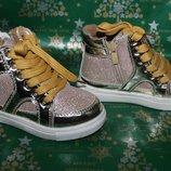 Ботиночки-Кеды для девочек в наличии. Производства Венгрия
