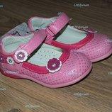 Нежные нарядные туфельки для маленькой леди
