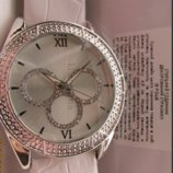 часы белые стразы розовые