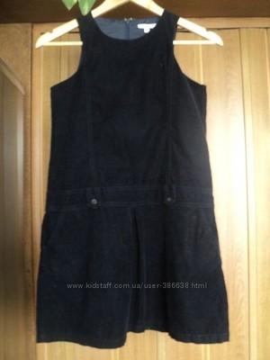 Два платья -сарафанчика и школьная юбка на девочку