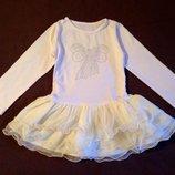 Трикотажное платье с очень пышной юбочкой на 3-4 года. Польша. Нарядное для девочки.