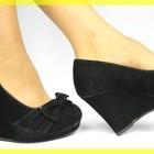 Замшевые Черные туфельки на танкетке бант