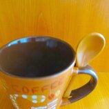 Чайно - кофейная чашка.Чашка для минеральной воды.