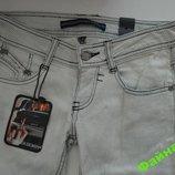 Шикарние джинси BERSHKA 34р оригинал испания