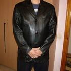 Черная мужская кожаная куртка-пиджак, размер М