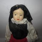 Европейская фарфоровая кукла