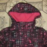 Новенькая яркая куртка два в одном Yigga на рост 128-140 см