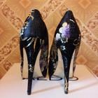 Восхитительные фирменные туфли Черные с золотом и разноцветной вышивкой
