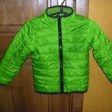 Новенькая легкая деми куртка рост 98-104 И 116 -122