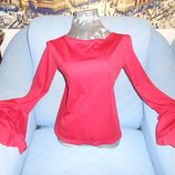 Блузочка ярко красная р.46-48