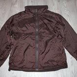 Демисезонная куртка на мальчика 11-12 лет.