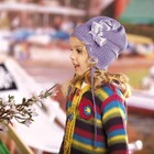 Красивая весенняя шапка для девочки