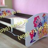 Кровать с защитным бортиком.Бесплатная доставка по Украине