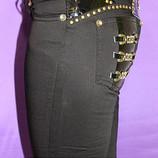 Женские джинсы черные с принтом