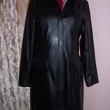 Пальто из кожзаменителя Joie de Uiure в идеальном состоянии р. 46