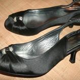36.5-24 стелька новые туфли эксклюзив от Stuart Weitzman