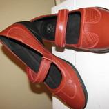 Нові шкіряні туфлі Clarks Оригінал Німеччина р.40 стелька 26 см