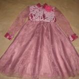 Красива нарядна італійська сукня на ріст 134 см