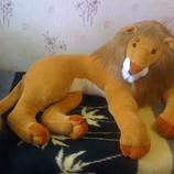 Очень Большой мягкий красивый лев. В наличии