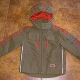 Новенькая демисезонная куртка - ветровка на мальчика или девочку 2-4 лет
