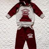 Стильный костюм на флисе Small Petrel 3-4 года. Новый. Теплый.