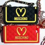 Чехол для Iphone 5 5s SE на цепочке Moschino сумочка