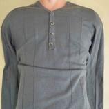 Мужской стильный джемпер свитер из Италии L-М натуральные ткани 60% - шерсть