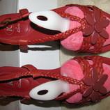 Нові Шкіряні Босоніжки Clarks Оригінал Бразилія р.6 стелька 25 см