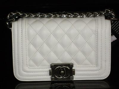Сумка Chanel Le Boy Шанель бой стеганая белая  800 грн - клатчи и ... 9dd291d0e2f