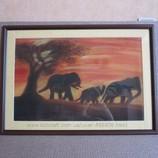 Картина семья слоников, бумага, пастель, 55, 5 на 39, 5 см