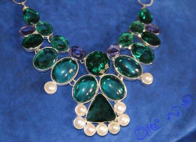Зелёное Мега-Ожерелье с натуральными жемчужинами