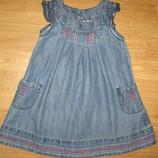 Очень красивое платье на 2-3 года