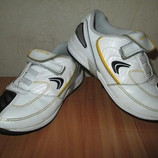 Кожаные кроссовки Clarks CICA мальчику Стелька 17,5см