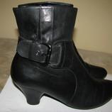 Нові Стильні шкіряні чоботи Clarks Soft wear Оригінал Англія р.6