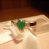 Изящное кольцо Изумруд в серебре и золоте