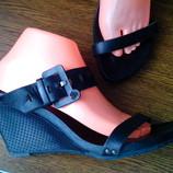 Завоз обуви Летняя распродажа Шлепки, босоножки, сандалии. Эксклюзив